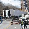 Четиринайсет души са загинали и 43 са ранени днес при катастрофа на автобус в Северна Испания
