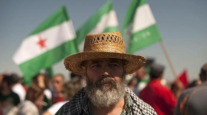 Хуан Мануел Санчес Гордийо повежда населението в демонстрация срещу местния херцог