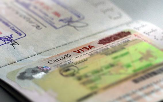 От 1 декември отпадат всички ограничения за българските граждани, пътуващи до Канада