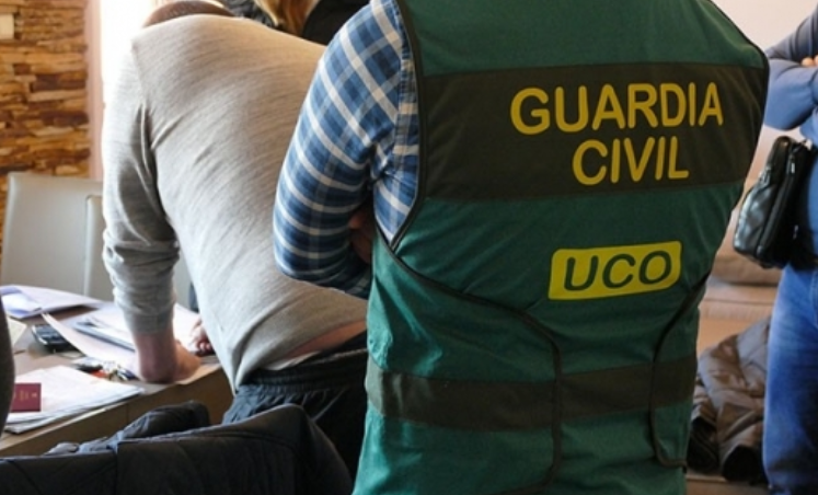 Полицията отряза пипалата на цигарена мафия в Испания