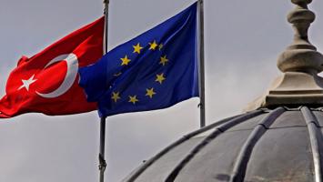 Скандалът между Турция и ЕС продължава