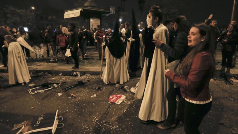 17 ранени по време на великденските шествия в Севиля