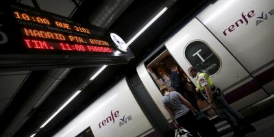 Испанското правителство ще инвестира 500 млн. евро за закупуването на 15 бързоскоростни влака (AVE)