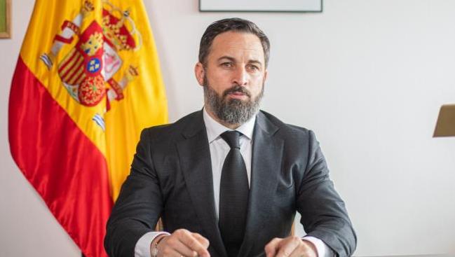 Лидерът на испанската крайнодясна партия Вокс Сантяго Абаскал