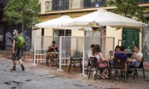 Само двама починали от коронавируса в Испания за 24 часа