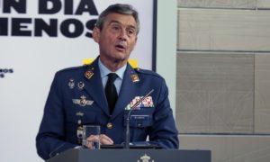 Началникът на Генералния щаб на Испания подаде оставка, ваксинирал се преди да му дойде реда