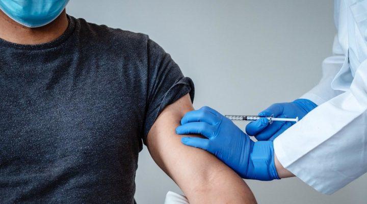 Испания регистрира нов рекорд по брой поставени ваксини за един ден
