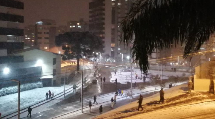Снежни бури обхванаха Южна Америка